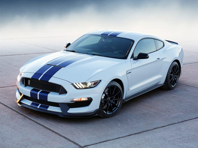 Ford Shelby GT 350 Front Quarter