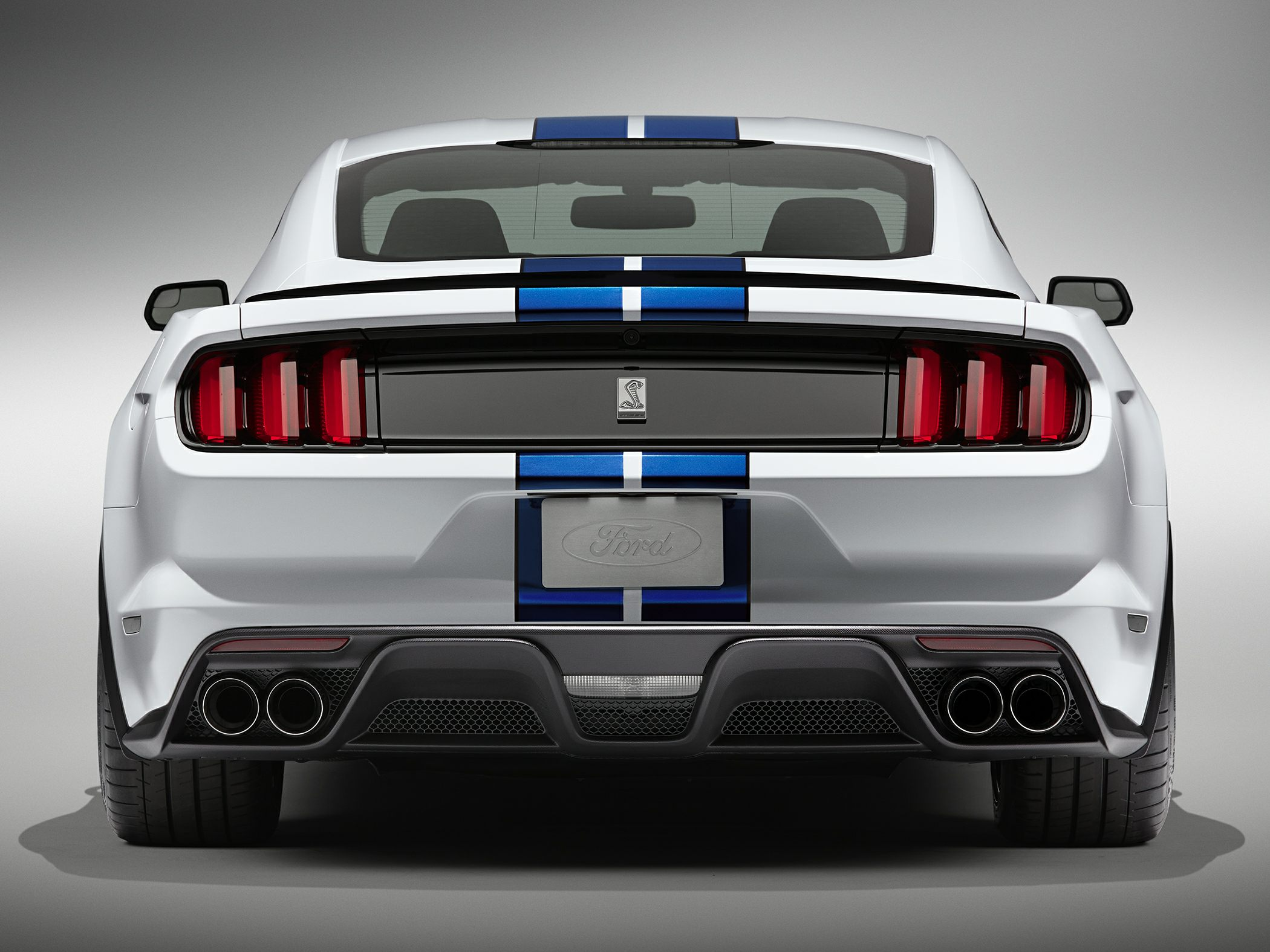 2017 ford shelby gt350 deals prices incentives leases overview carsdirect. Black Bedroom Furniture Sets. Home Design Ideas