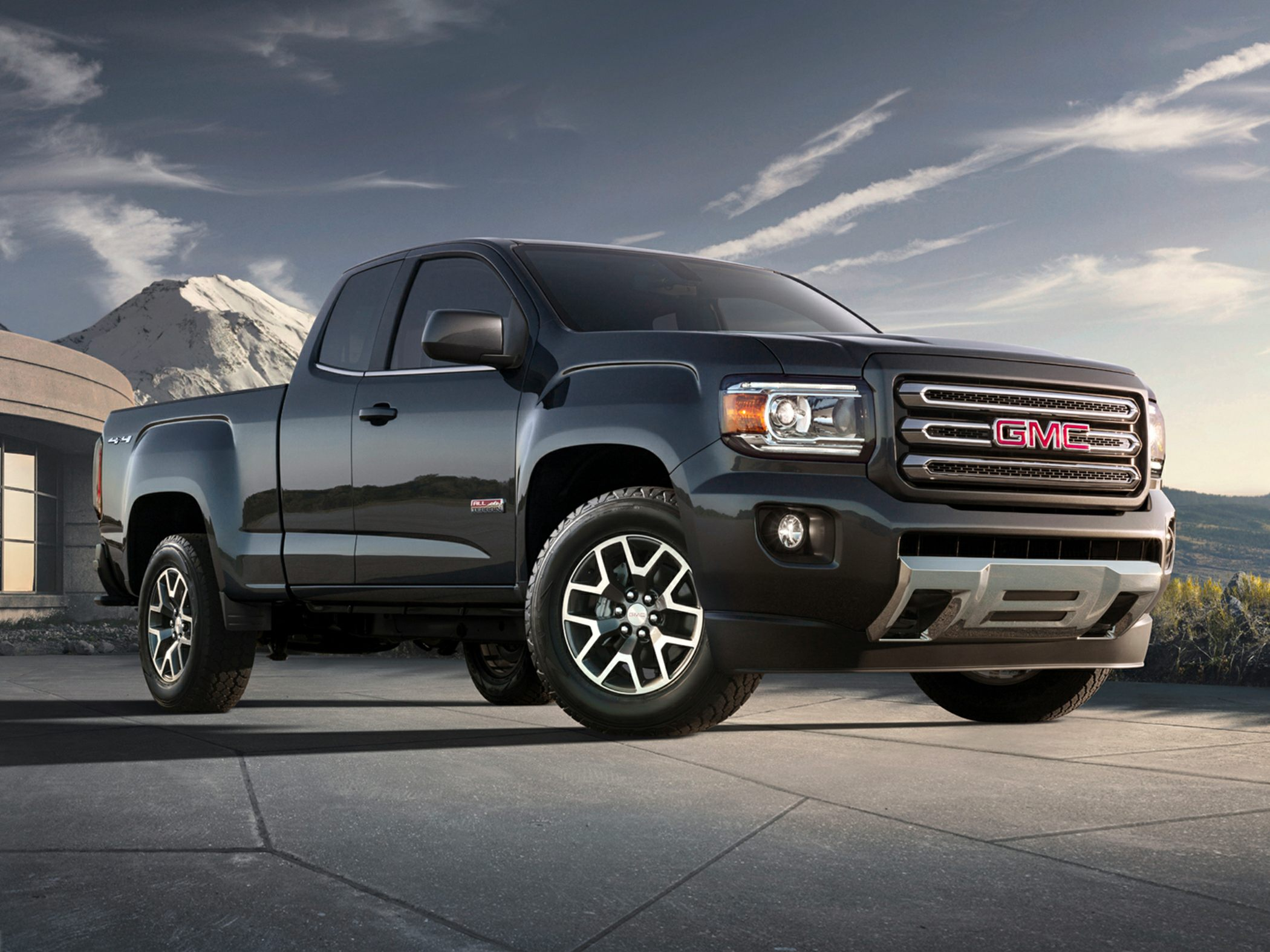 2019 GMC Canyon Pictures & Photos - CarsDirect