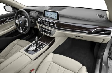 Interior Profile 2016 BMW 750
