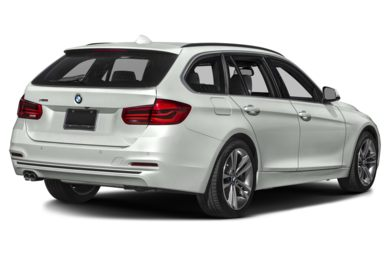 3/4 Rear Glamour  2019 BMW 3-Series