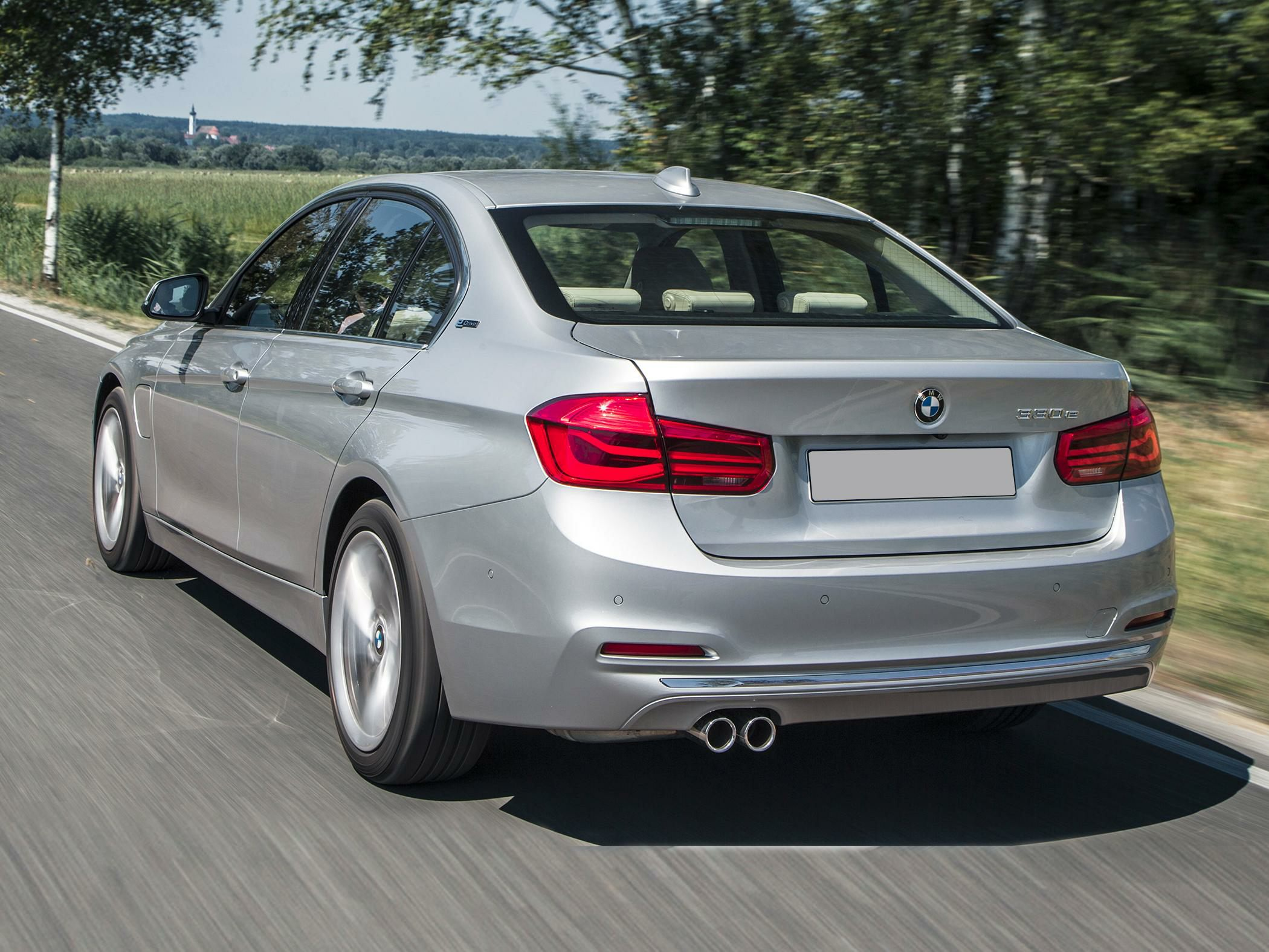2016 Bmw 330e Styles Amp Features Highlights
