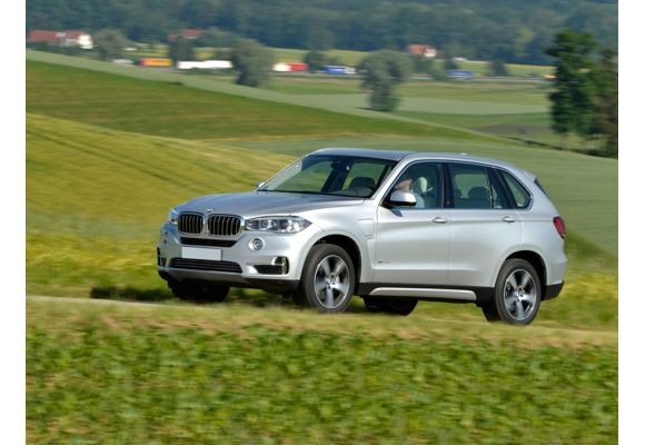 2017 bmw x5 edrive pictures photos carsdirect. Black Bedroom Furniture Sets. Home Design Ideas