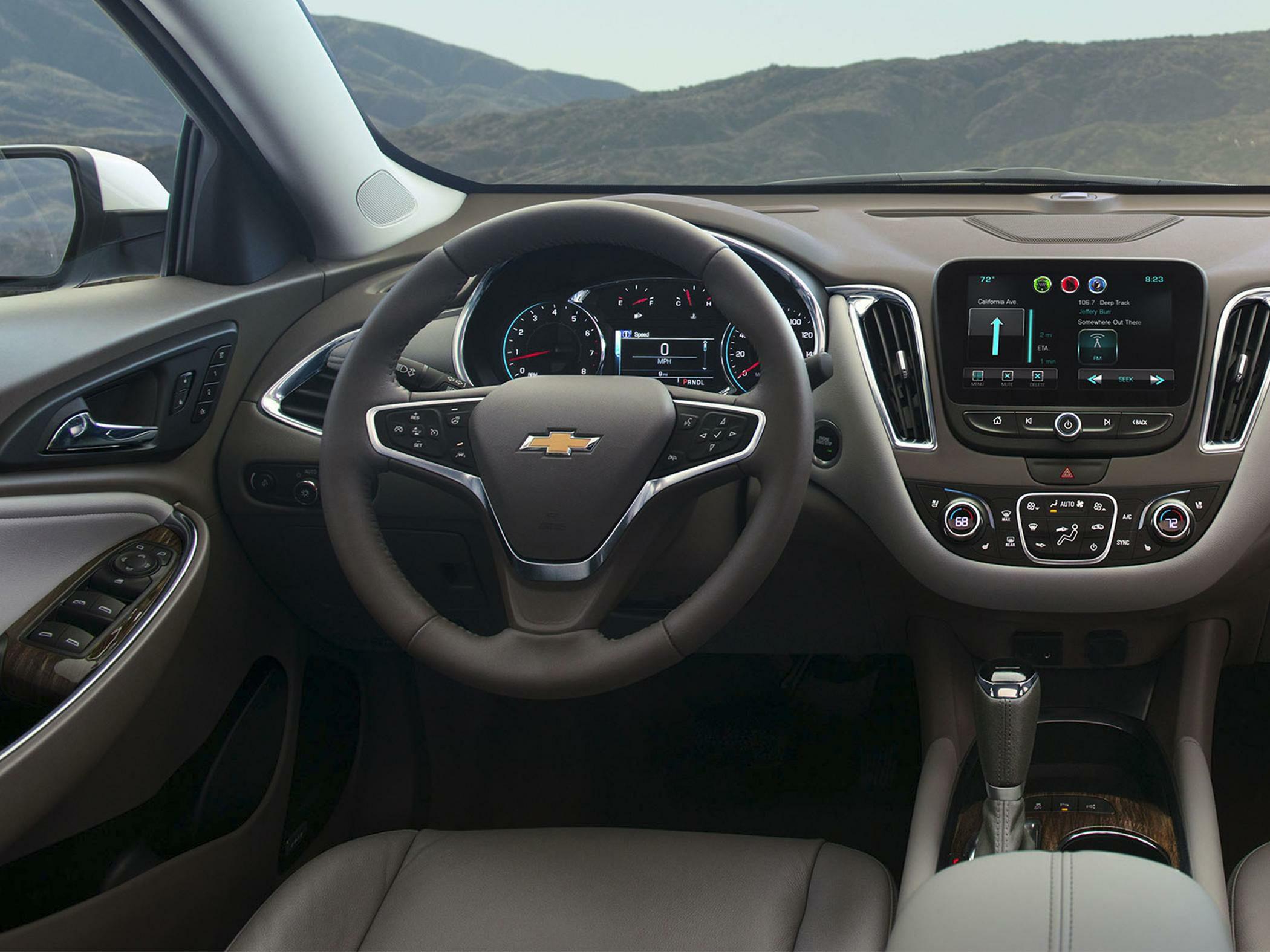 2018 Chevrolet Malibu Hybrid Pictures & Photos - CarsDirect