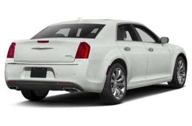 3/4 Rear Glamour  2017 Chrysler 300C
