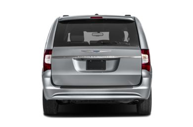 Rear Profile  2016 Chrysler Town & Country
