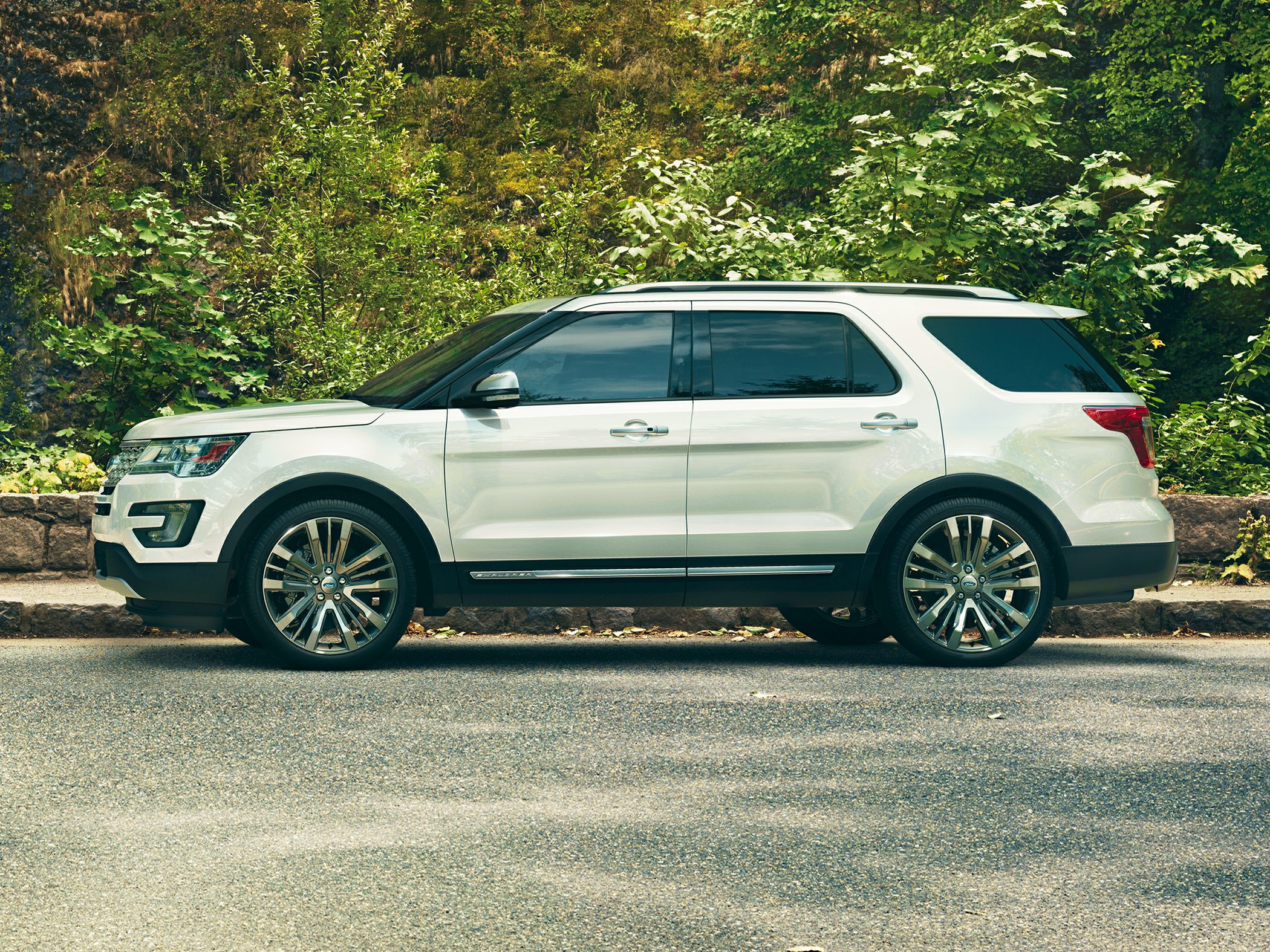 2016 Ford Explorer Styles Amp Features Highlights
