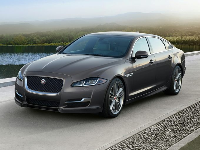 2019 Jaguar Xj Prices Reviews Vehicle Overview Carsdirect
