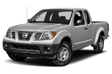 3/4 Front Glamour 2018 Nissan Frontier