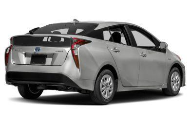 3 4 Rear Glamour 2016 Toyota Prius