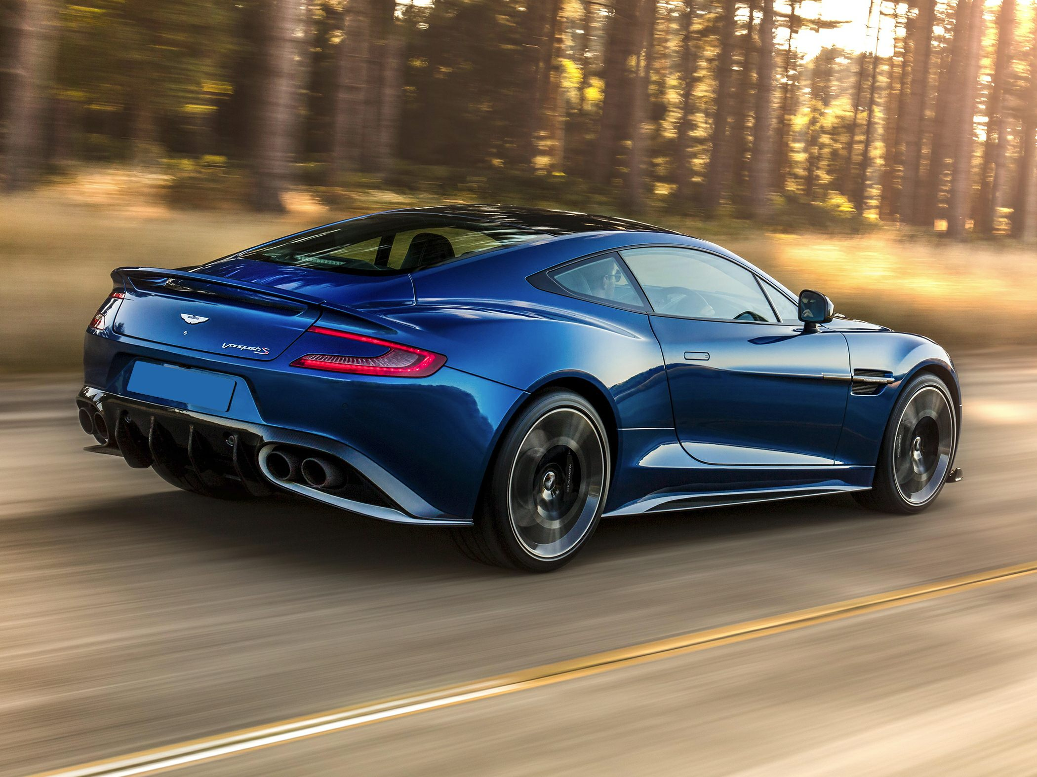 2019 Aston Martin Vanquish Specs Safety Rating Mpg Carsdirect