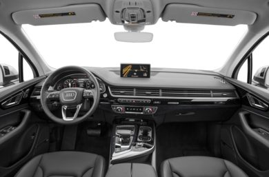 Front Seat Full 2018 Audi Q7
