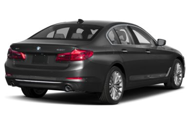 3/4 Rear Glamour  2019 BMW 5-Series