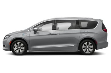 90 Degree Profile 2017 Chrysler Pacifica Hybrid