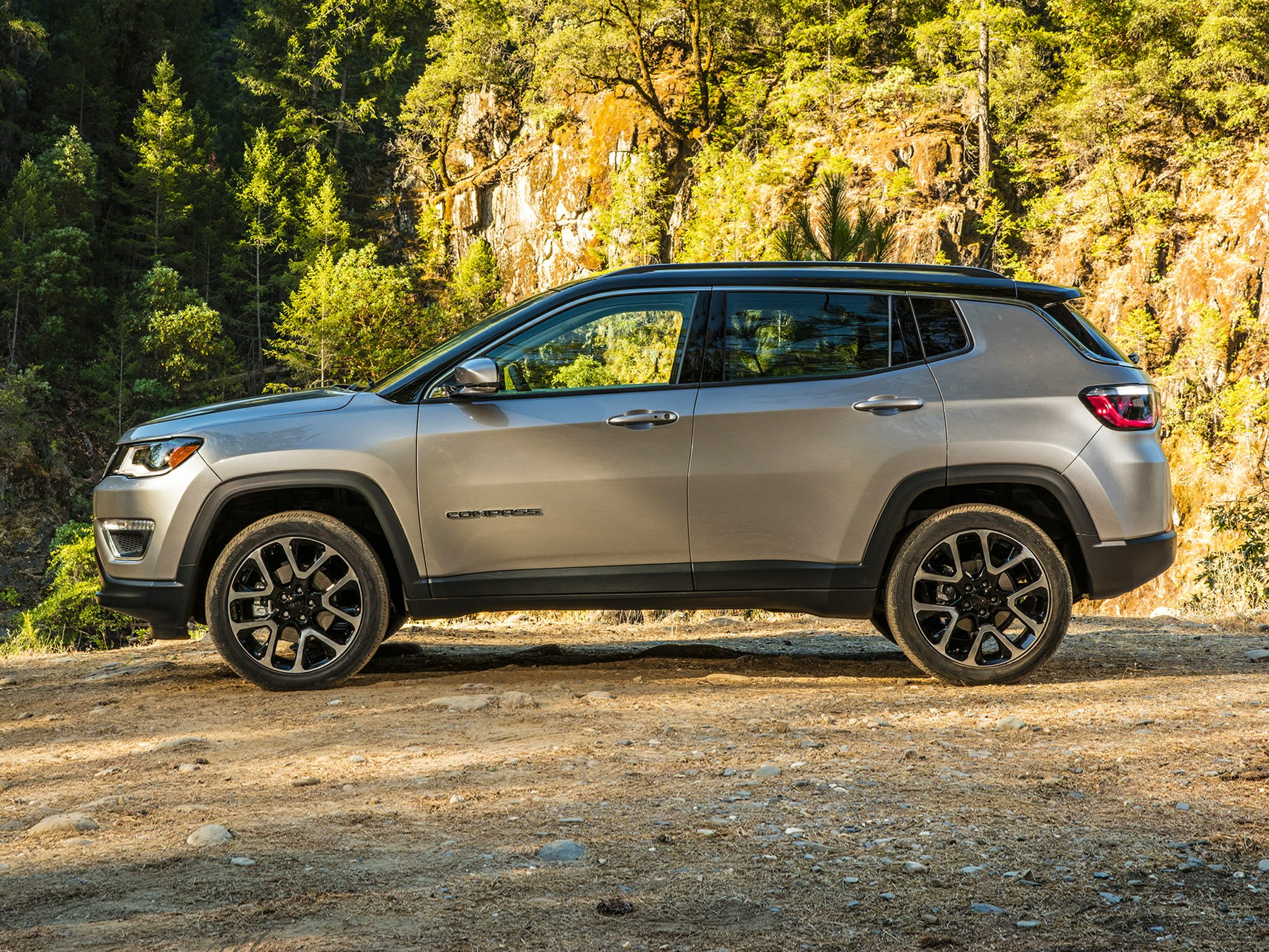 2018 jeep compass deals prices incentives leases. Black Bedroom Furniture Sets. Home Design Ideas