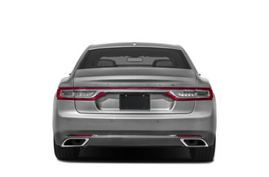 Rear Profile  2018 Lincoln Continental