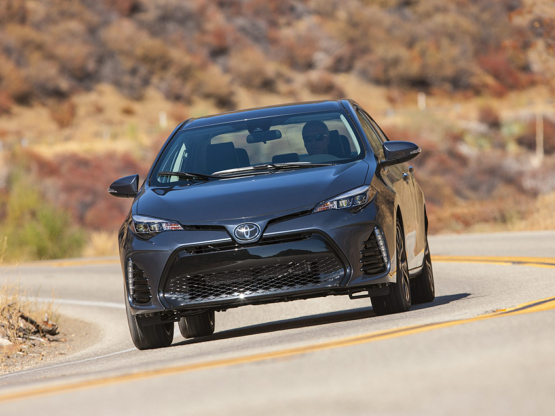 2018 toyota corolla deals prices incentives leases overview carsdirect. Black Bedroom Furniture Sets. Home Design Ideas