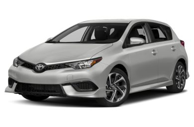 3/4 Front Glamour 2017 Toyota Corolla iM