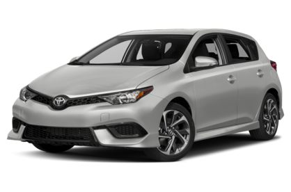 3/4 Front Glamour 2018 Toyota Corolla iM