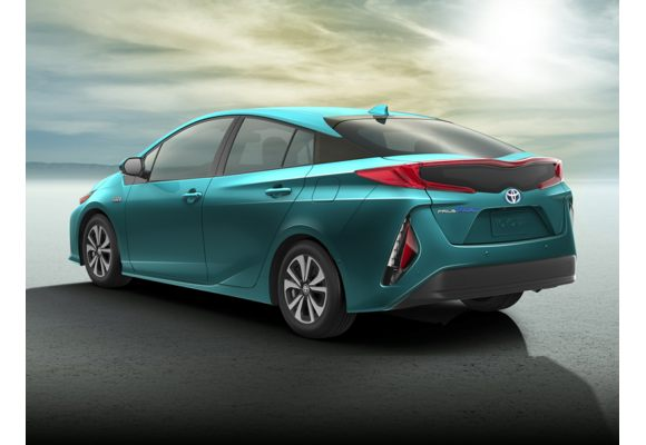 2018 toyota prius prime pictures photos carsdirect. Black Bedroom Furniture Sets. Home Design Ideas