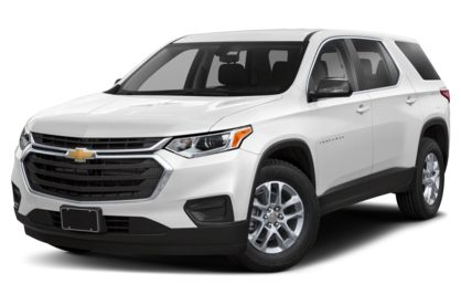 3/4 Front Glamour 2020 Chevrolet Traverse