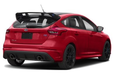 3/4 Rear Glamour  2018 Ford Focus RS