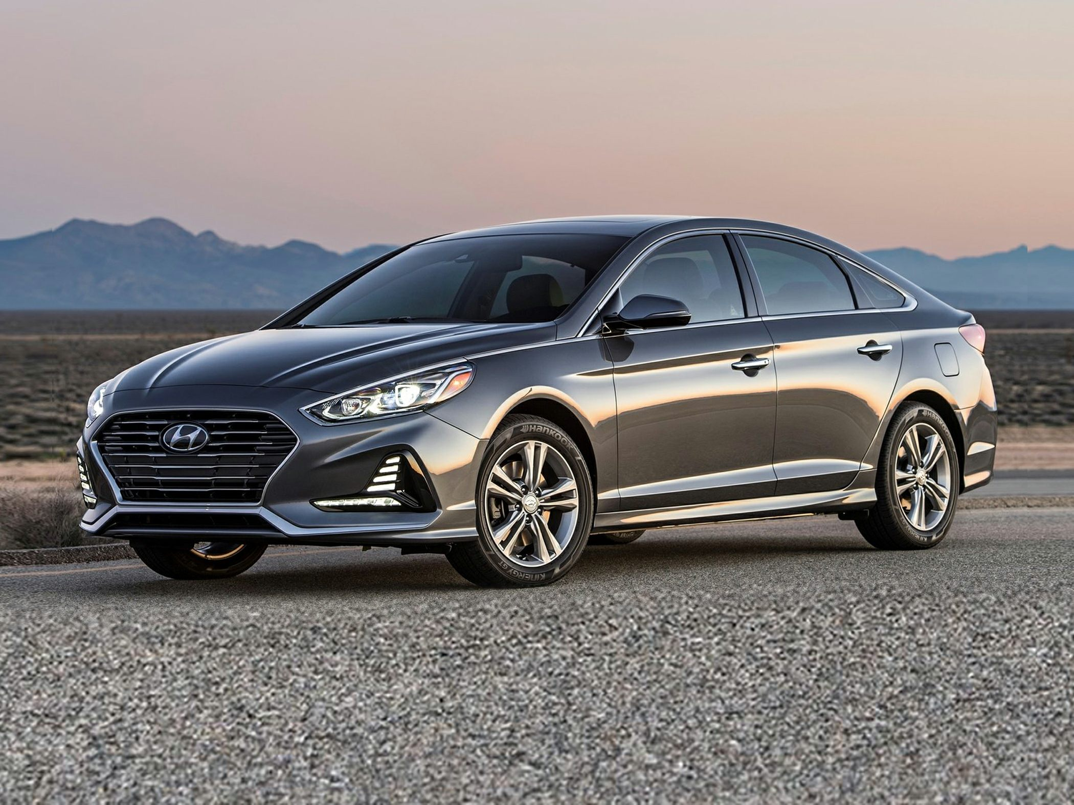 2018 hyundai sonata deals prices incentives leases overview carsdirect. Black Bedroom Furniture Sets. Home Design Ideas