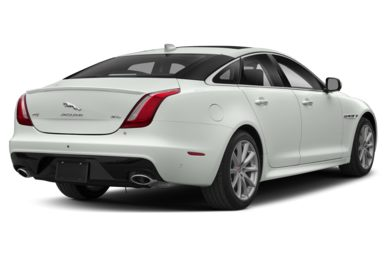 3/4 Rear Glamour  2018 Jaguar XJ