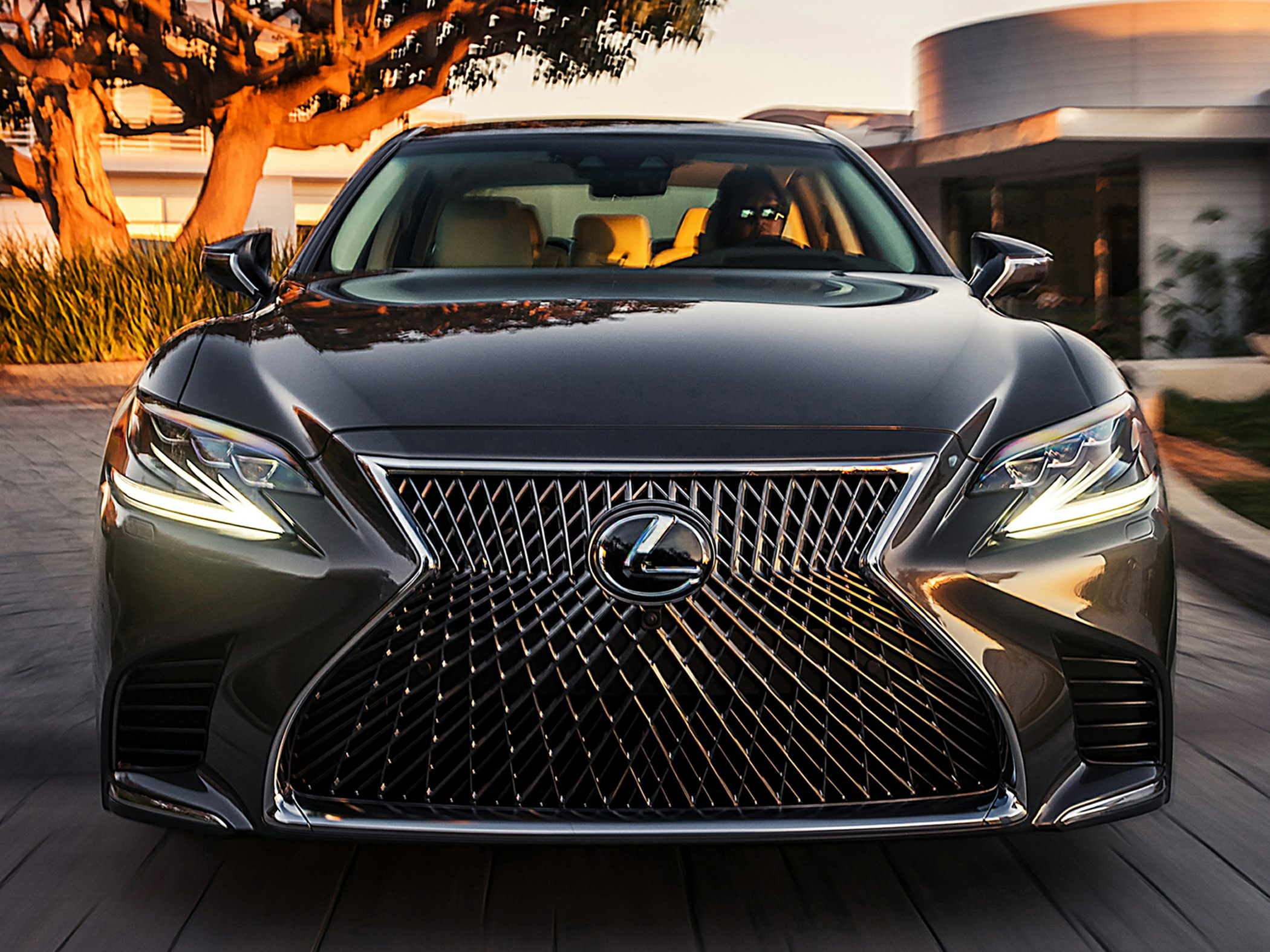 2018 Lexus LS Styles & Features Highlights