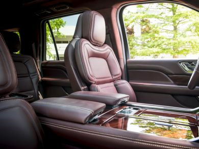 Lincoln Lease Deals >> 2018 Lincoln Navigator L Deals, Prices, Incentives & Leases, Overview - CarsDirect