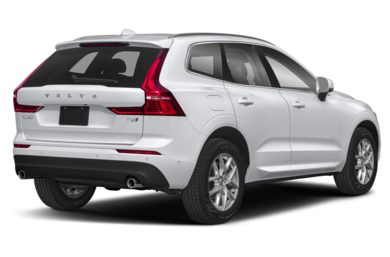 3/4 Rear Glamour  2019 Volvo XC60