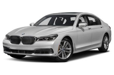 3/4 Front Glamour 2019 BMW 7-Series