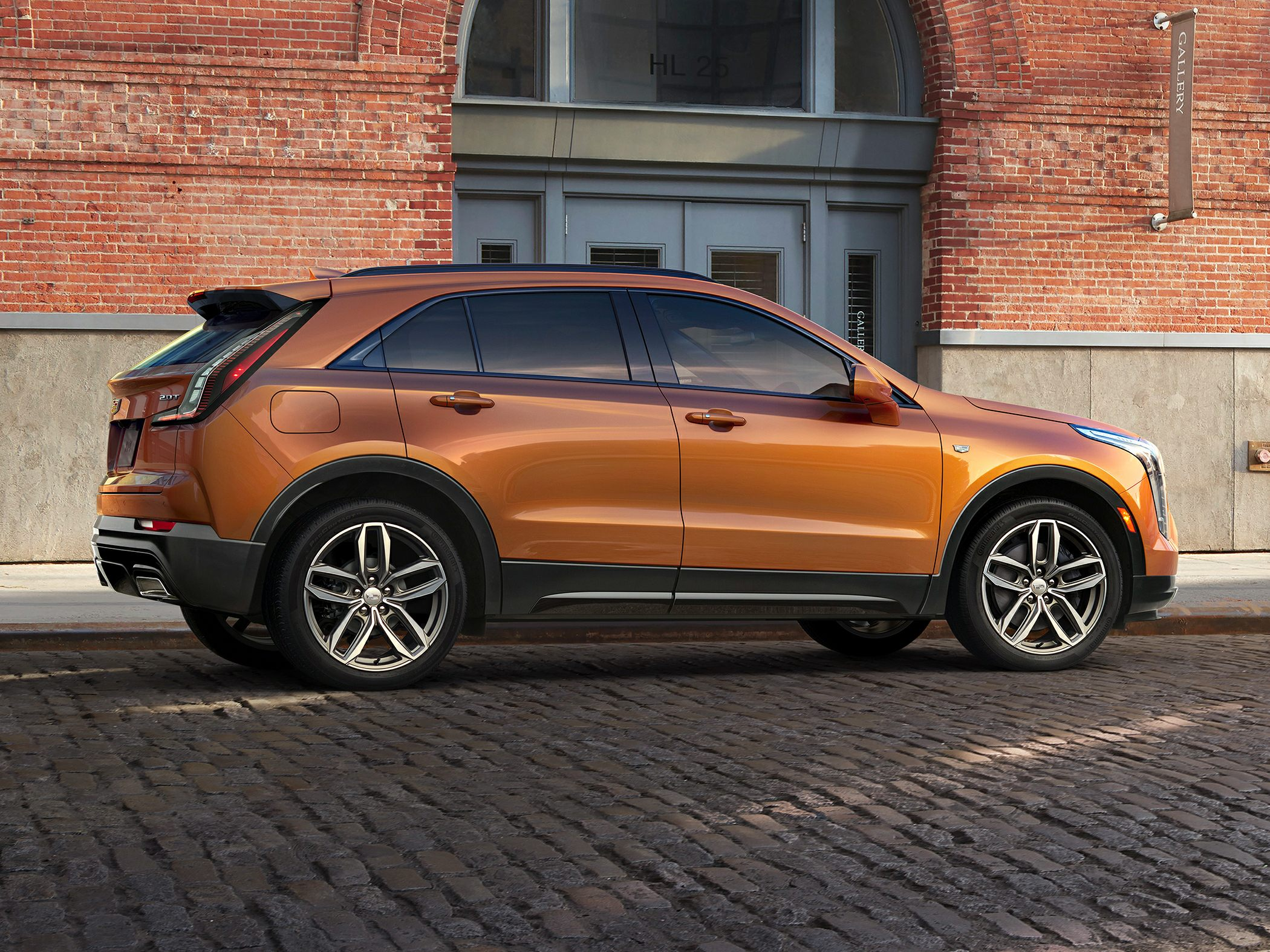 2019 Cadillac XT4 Deals, Prices, Incentives & Leases