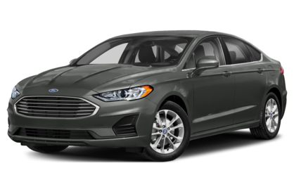 3/4 Front Glamour 2020 Ford Fusion