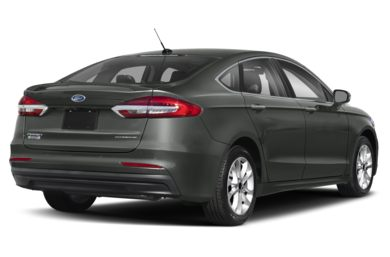 3/4 Rear Glamour  2019 Ford Fusion Energi