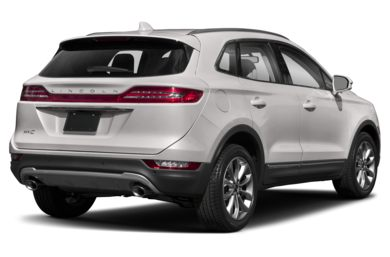 3/4 Rear Glamour  2019 Lincoln MKC