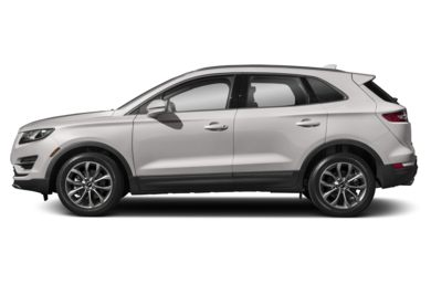 90 Degree Profile 2019 Lincoln MKC