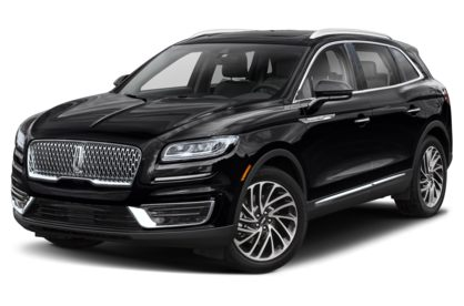 3/4 Front Glamour 2020 Lincoln Nautilus