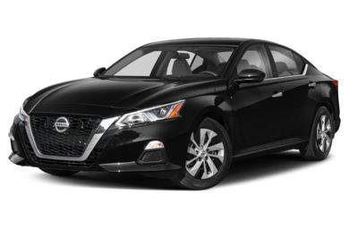 3/4 Front Glamour 2019 Nissan Altima