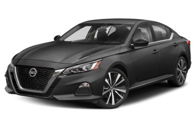 3/4 Front Glamour 2020 Nissan Altima