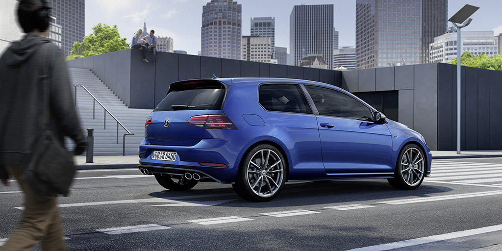 2018 volkswagen golf r deals prices incentives leases overview carsdirect. Black Bedroom Furniture Sets. Home Design Ideas