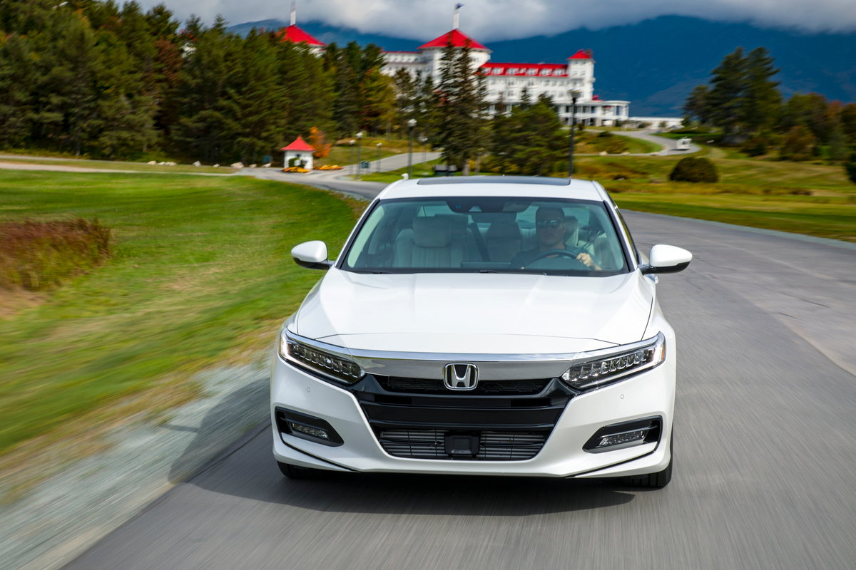 2018 Honda Accord With New Engines On Sale Now - CarsDirect