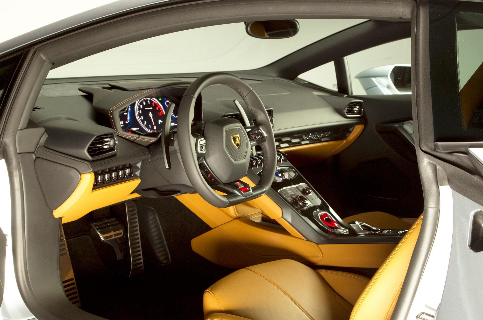 2015 Lamborghini Huracan Styles Features Highlights