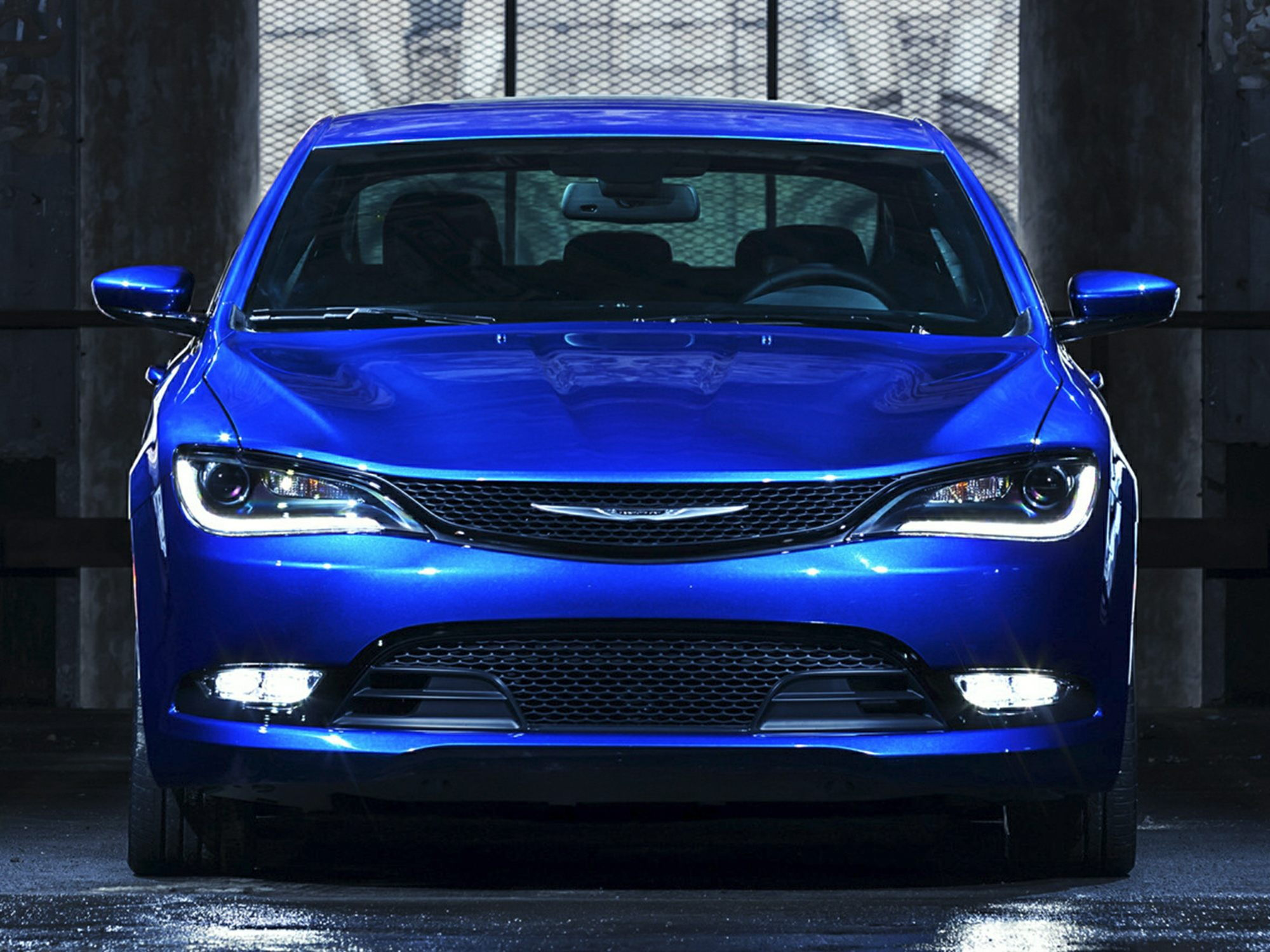 Chrysler 200 Front