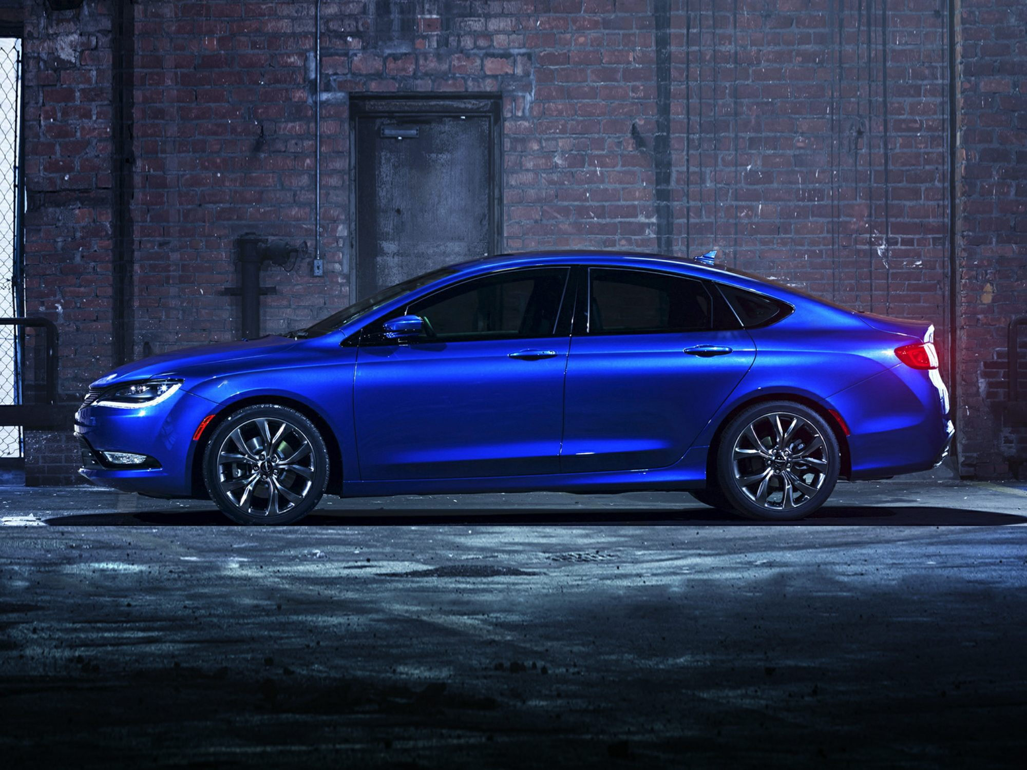 Chrysler 200 Sales Soar Due to Redesign Incentives CarsDirect