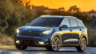 The 2017 Kia Niro Hybrid Walks Line Between Traditional Wagon And Crossover Which Could Be A Problem For Some Consumers But It Doesn T Flaunt Its