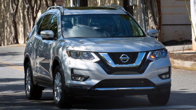 2017.5 Nissan Rogue >> Exclusive 2017 5 Nissan Rogue Getting Standard Automatic