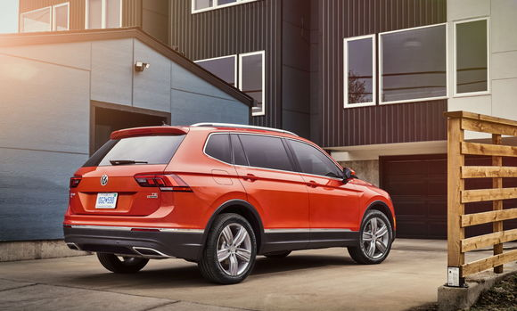 How Much Is Equinox Per Month >> Our Analysis: 2018 VW Tiguan $259/mo Lease Fails To Impress - CarsDirect