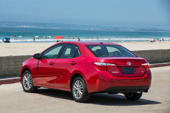 Toyota Offering Lease Loyalty Discount To Camry Corolla Customers