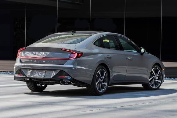 2020 Hyundai Sonata Boasts Sleeker Looks, More Tech - CarsDirect
